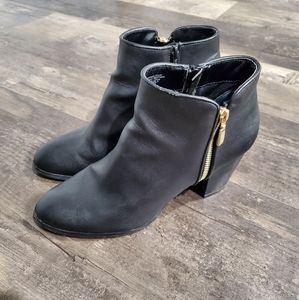 Style&Co booties 9.5